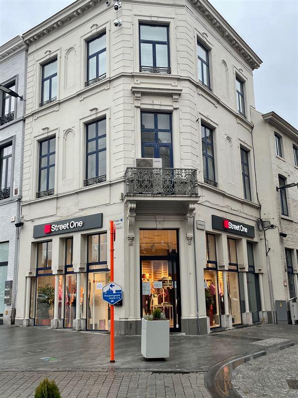 Foto 1 : Handelspand te 3800 Sint-Truiden (België) - Prijs € 2.700