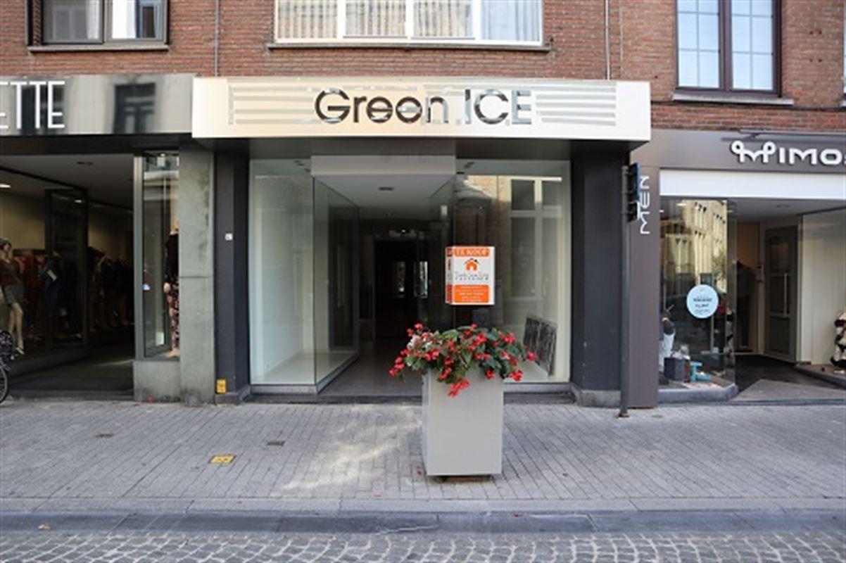 Foto 1 : Handelsgelijkvloers te 3800 Sint-Truiden (België) - Prijs € 1.500