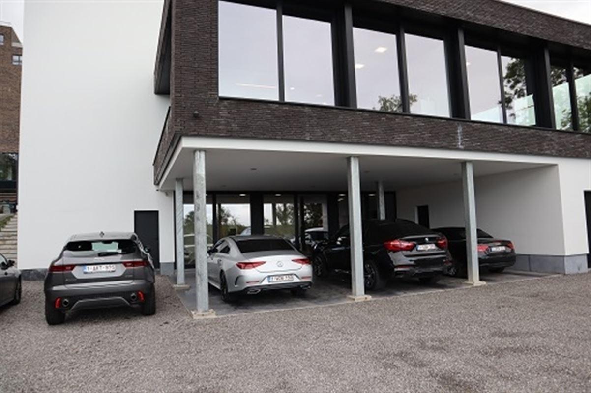 Foto 1 : Kantoorruimte te 3800 Sint-Truiden (België) - Prijs € 1.250