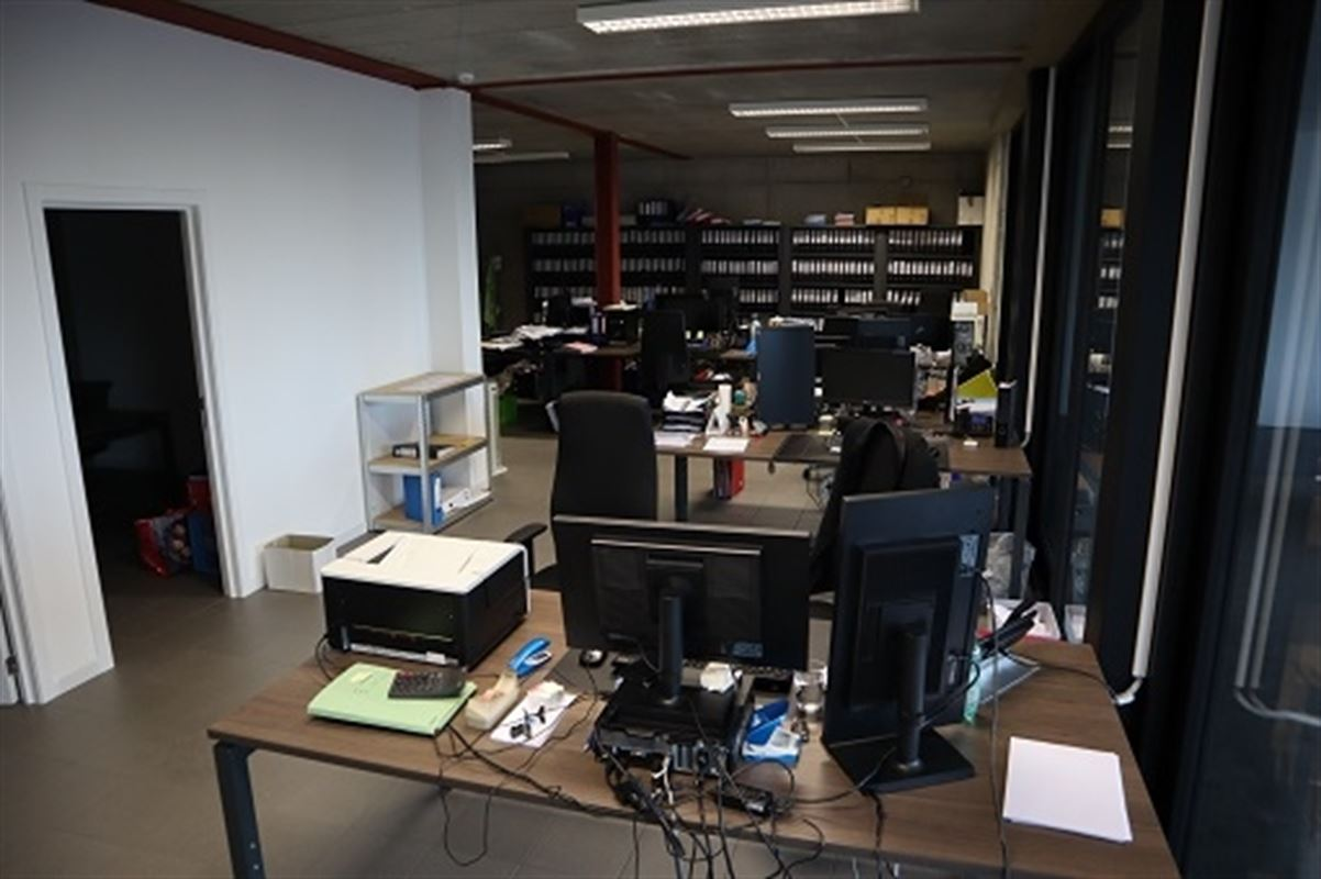 Foto 2 : Kantoorruimte te 3800 Sint-Truiden (België) - Prijs € 1.250