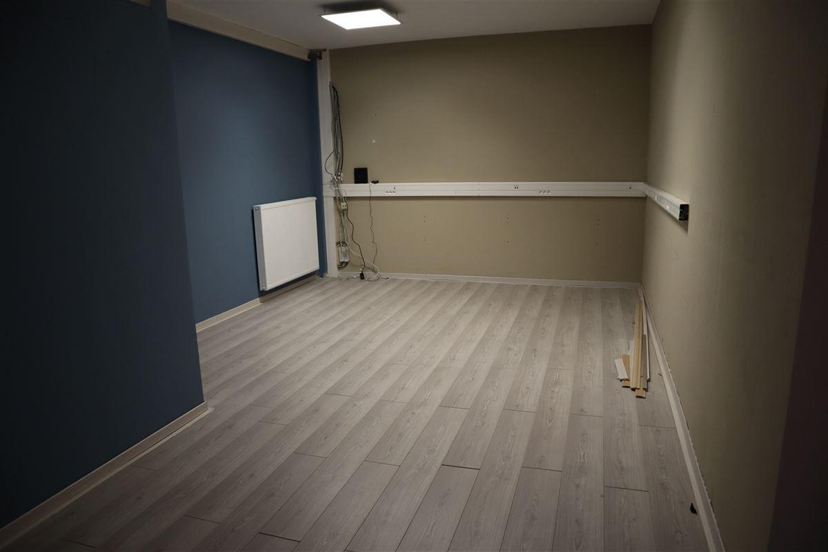 Foto 4 : Kantoor te 3800 SINT-TRUIDEN (België) - Prijs € 140.000
