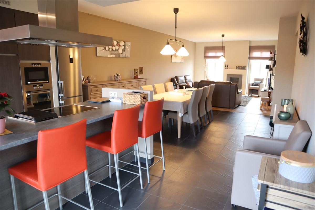 Foto 3 : Appartement te 3800 SINT-TRUIDEN (België) - Prijs € 900
