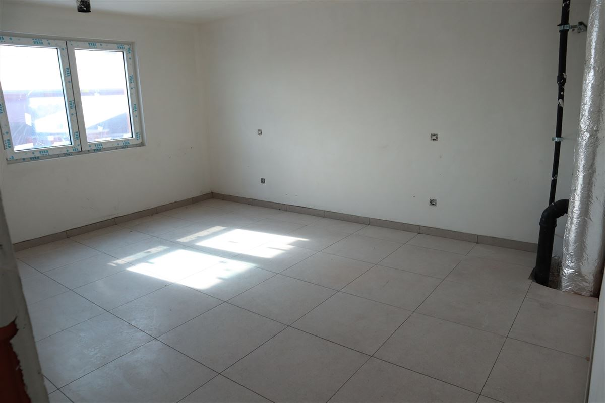 Foto 12 : Penthouse te 3800 SINT-TRUIDEN (België) - Prijs € 950