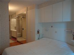 Res. Casino A 0103 - Ruim hoekappartement met drie slaapkamers - Gelegen op de eerste verdieping, hoek Zeedijk en Lefebvrestraat - Inkom met vestiaire...