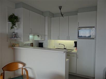 Res. Panorama C2 D505 - Instapklaar appartement met 2 slaapkamers - Gemeubeld - Zonnige oriëntatie vanop de 5de verdieping - Inkom - Toilet - Twee sl...