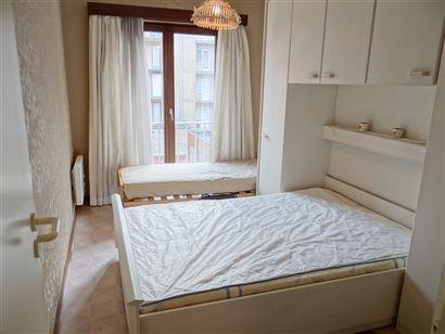 A LOUER A L'ANNEE - meublé - 1 chambre à coucher - situation central - cuisine équipée - salle de bain équipée - toilettes séparées - 60 euro ...