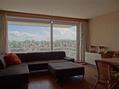 Res. Panorama C1  C402 - Zonnig appartement met 2 slaapkamers - Gelegen op de 4de verdieping - Zicht op de villawijk -  Inkom met vestiaire - Leefruim...