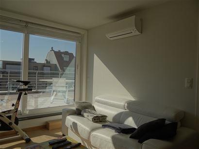 Res. De drie zeesteden - Penthouse avec 2 chambres à coucher (90m²) - Entièrement rénové - Grande terrasse ensoleillé de 32 m² - Hall d'entré ...