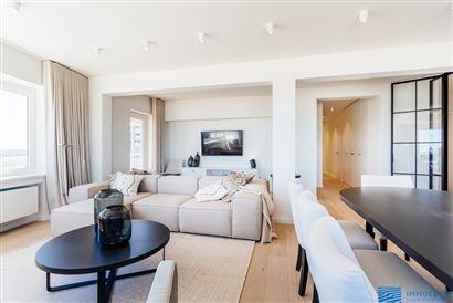 PORTES-OUVERTES SAMEDI 01/06 van 14u tot 16u! Res. Les Voiles 0701 - Appartement exceptionnel avec 4 chambres à coucher - Situé au 7ième étage sur...