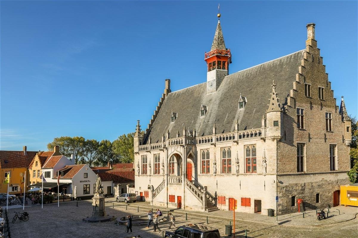 Foto 22 : Handelspand met woonst te 8340 DAMME (België) - Prijs € 1.100.000