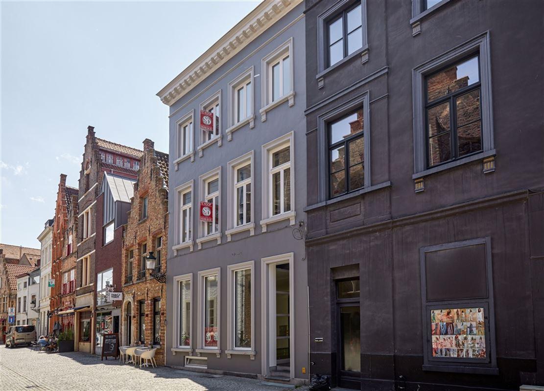 Foto 1 : Handelspand met woonst te 8000 BRUGGE (België) - Prijs € 750.000