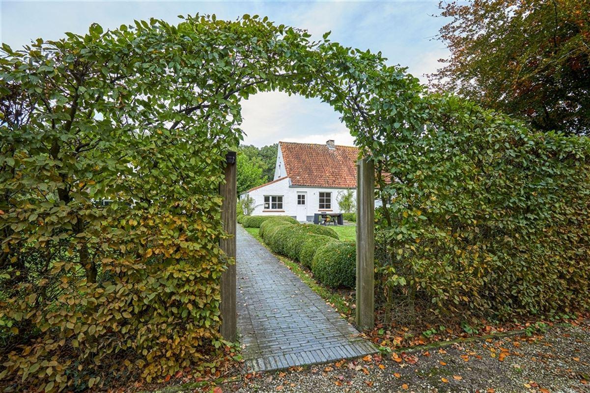 Foto 28 : Landelijke woning te 8310 SINT-KRUIS (België) - Prijs € 795.000