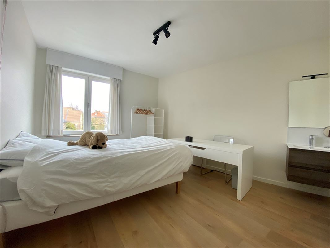 Foto 2 : Appartement te 8200 SINT-MICHIELS (België) - Prijs € 675