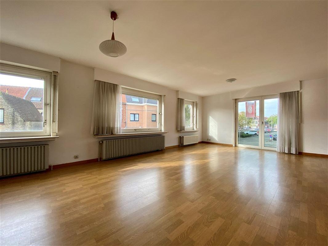 Foto 13 : Appartement te 8200 SINT-MICHIELS (België) - Prijs € 695