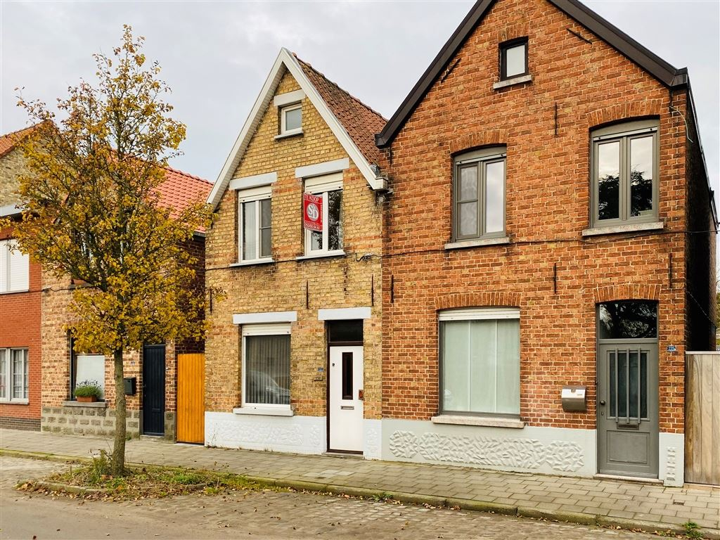 Huis te 8020 OOSTKAMP (België) - Prijs